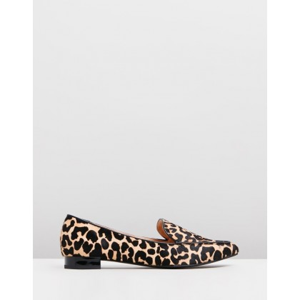 Casey Leather Flats Leopard by Atmos&Here