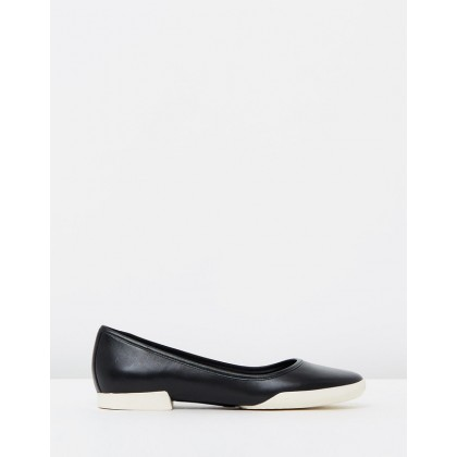 Casi Tiptap Black by Camper