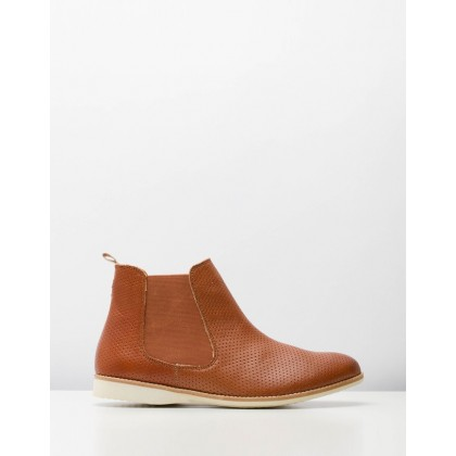 Chelsea Pin Punch Boots Cognac by Rollie