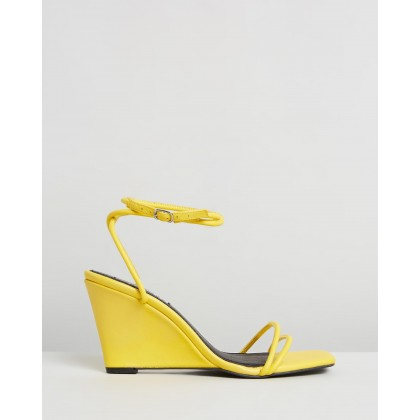 Chloe Wedges Yolk by Caverley