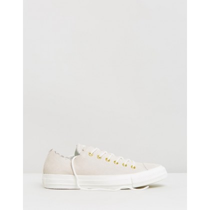 Chuck Taylor All Star Frilly Thrills Ox - Women's Egret & Gold by Converse