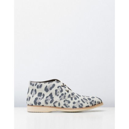 Chukka Shoes Leopard White by Rollie