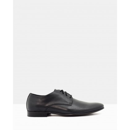 Count Derby Dress Shoes Black by Betts