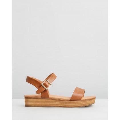 Cynthia Flatform Sandals Tan Smooth by Spurr