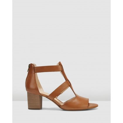 Deloria Fae Tan Leather by Clarks