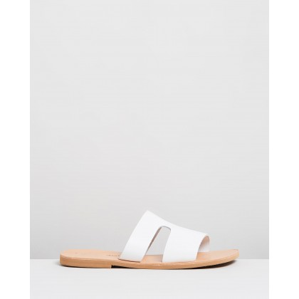 Delphi Sandals White by Ammos