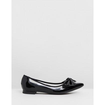 Demi Flats Black by Vizzano