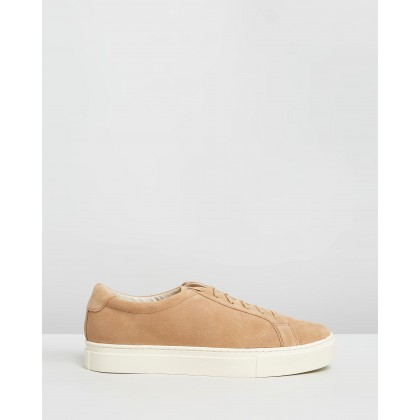 Derek Suede Sneakers British Khaki by Saturdays Nyc