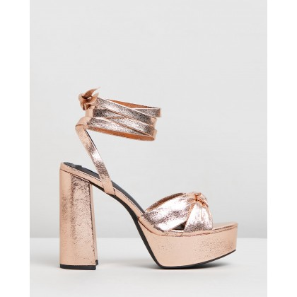 Devon Platform Heels Gold Metallic by Dazie