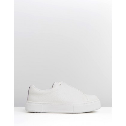 Doja - Women's White Tumbled by Eytys
