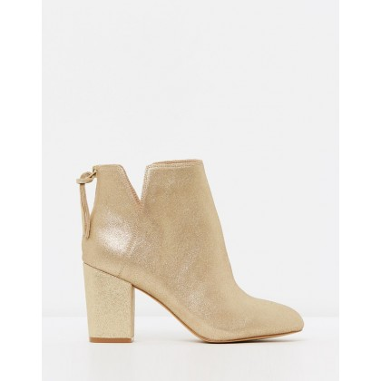 Dominicaa Gold by Aldo