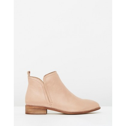 Douglas Leather Boots Rose by Walnut Melbourne