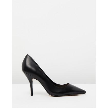 Duna Shoes Black by M.N.G