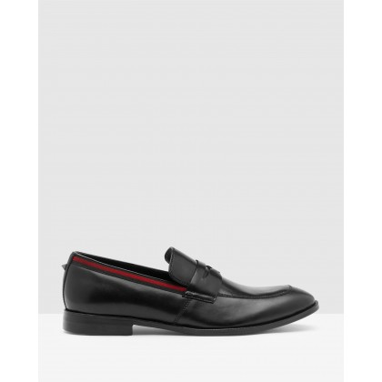 Edmand Black by Steve Madden