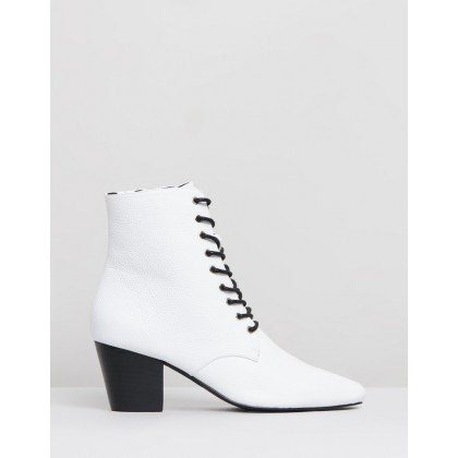 Eleanor II Boots White by Sol Sana