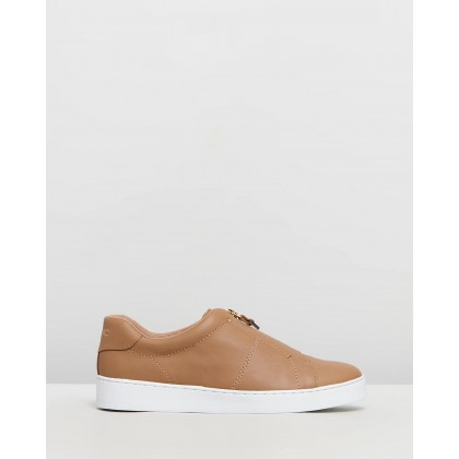 Ellis Slip-Ons Tan by Vionic