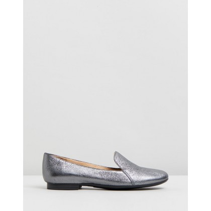 Emiline Pewter by Naturalizer