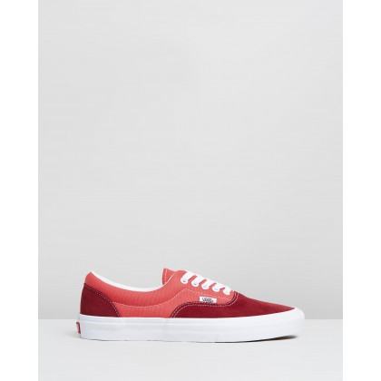 Era - Unisex Retro Sport Biking Red & Poinsettia by Vans