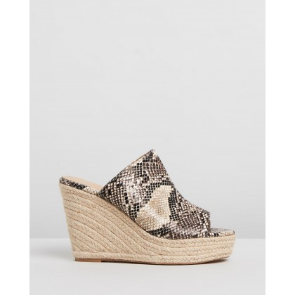 Espadrille Wedges Nude by Missguided