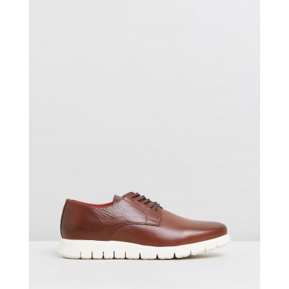 Farah Leather Derby Whisky by Double Oak Mills