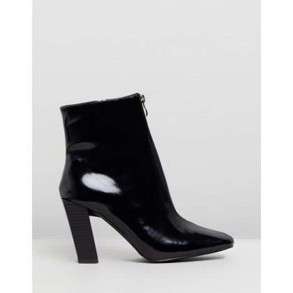 Feature Heel Zip Boots Black by Missguided