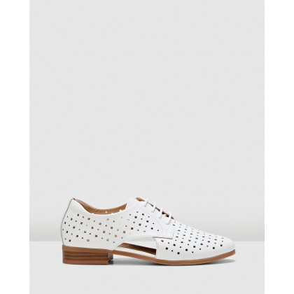 Fiji White by Hush Puppies