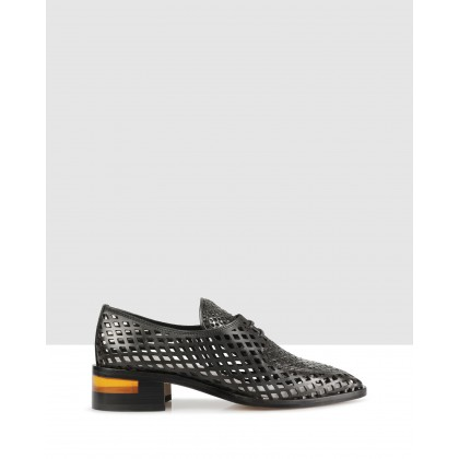 Finsey Lace Ups Nero by Beau Coops