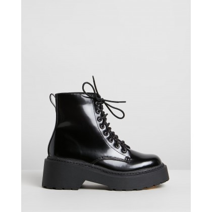 Fizz Ankle Boots Black Smooth by Dazie
