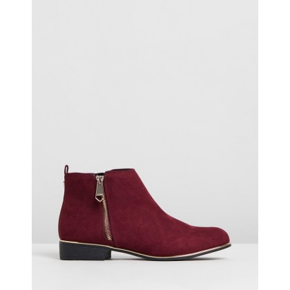 Flat Ankle Boots Port by Lipsy