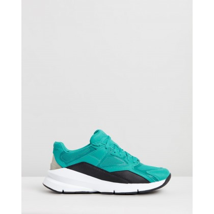 Forge 96 - Unisex Clear Shift Green by Under Armour