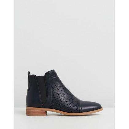 Free Black Faux Leather by Ko Fashion