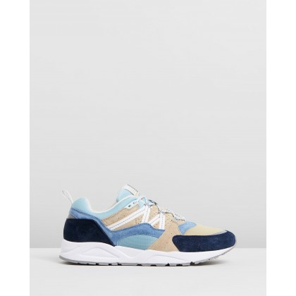 Fusion 2.0 Moonlight Blue & Pale Olive Green by Karhu