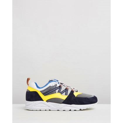 Fusion 2.0 - Men's Night Sky & Dandelion by Karhu