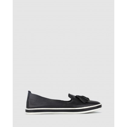 Gabble Slip On Leather Loafers Black by Airflex