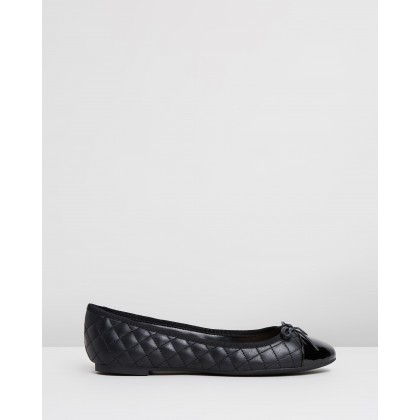 Galaebeth Black Leather by Aldo