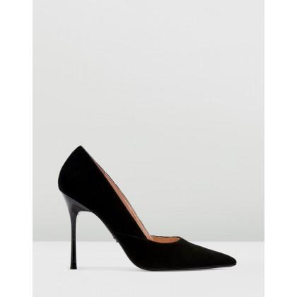 Gigi Skinny Court Heels Black by Topshop