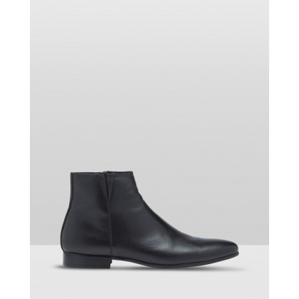 Grant Leather Boots Black by Oxford