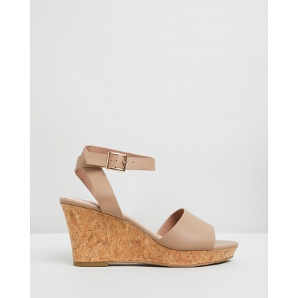 Gwen Taupe by Iris Footwear