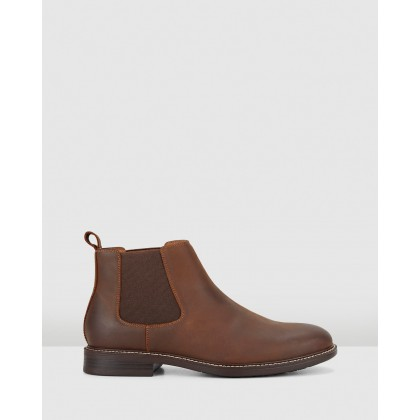 Hanger Brown by Hush Puppies
