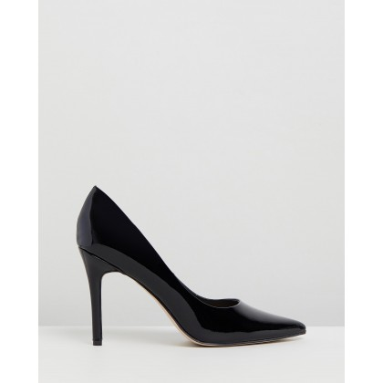 Hannah Leather Pumps Black Patent Leather by Atmos&Here