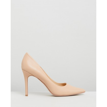 Hannah Leather Pumps Nude Leather by Atmos&Here