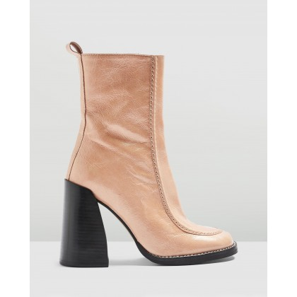 Harvey Boots Nude by Topshop