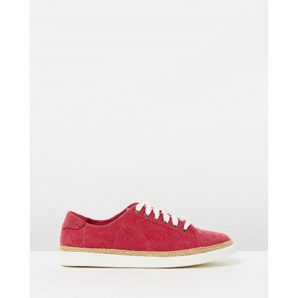 Hattie Sneakers Red by Vionic