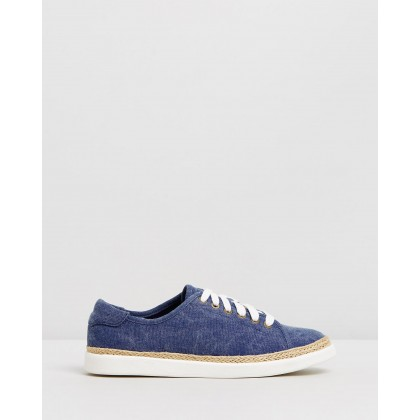 Hattie Sneakers Navy by Vionic