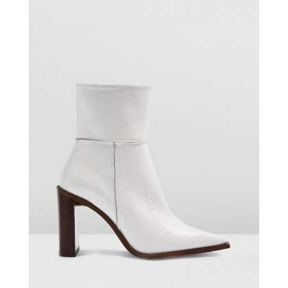 Hero Boots White by Topshop