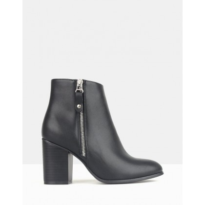 High Rise Black by Betts