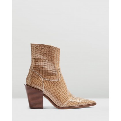 Howdie Western Boots Nude by Topshop