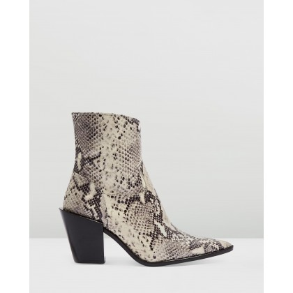 Howdie Western Boots Multi by Topshop