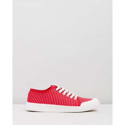 Hurler Low Red by Good News