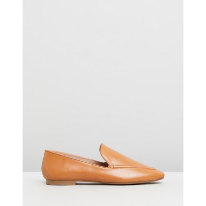 Ingrid Leather Loafers Tan Leather by Atmos&Here